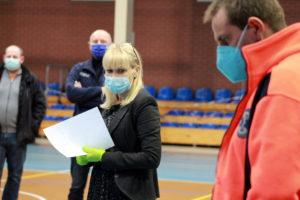 Starosta Iwona Brzozowska podczas szkolenia dla wolontariuszy