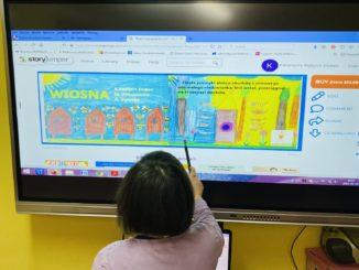 Uczniowie SOSW na zajęciach projektowych