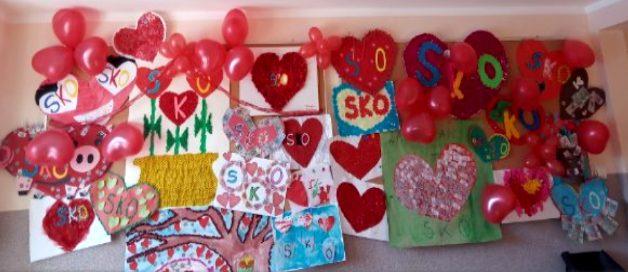 Prace plastycznie uczniów SOSW wykonane wramach konkursu zakochani wSKO