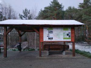 MOR Nowa Sól - wiata rowerowa ztablicą informacyjną