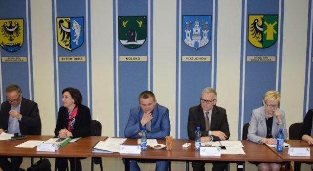 Zgodna sesja Rady Powiatu