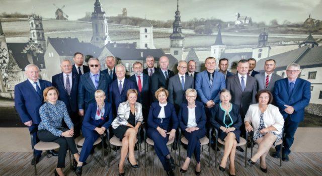 Ostatnia sesja Rady Powiatu Nowosolskiego V kadencji wlatach 2014-2018